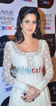 Katrina Kaif karatasi la kupamba ukuta with a frock entitled kk at lakme fashion week