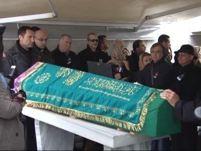 meral okay funeral