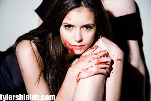 sexy elena kills