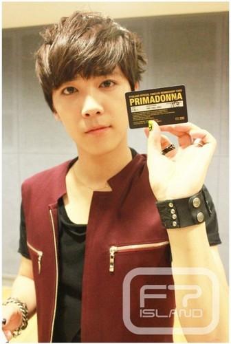 Primadonna Fanclub Member Card Hong Ki