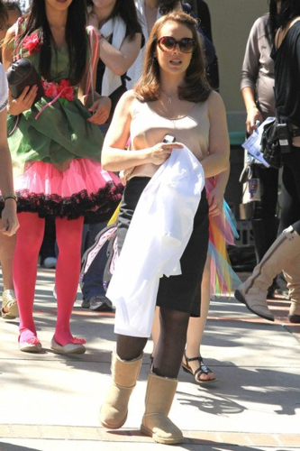 Alyssa - Mistresses - On the set, 4 April 2012