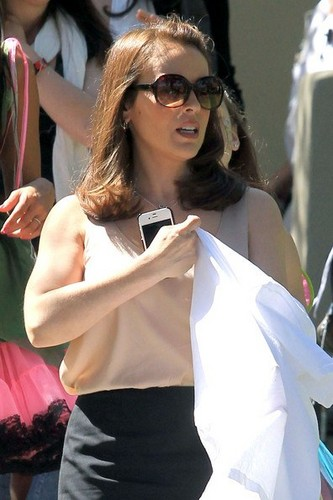 Alyssa - Mistresses -  On the set,  4 April 2012 - alyssa-milano Photo
