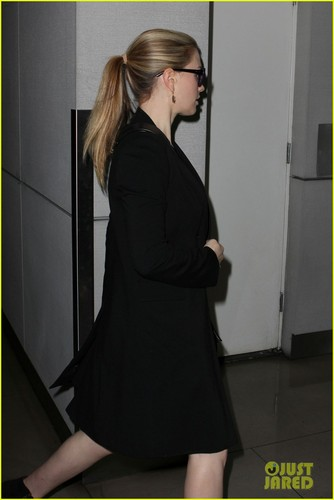 Anna Paquin Steps Out After Pregnancy Announcement - anna-paquin Photo
