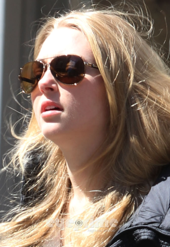 AnnaSophia Robb wallpaper containing sunglasses titled AnnaSophia - Out & About in NYC - April 2nd, 2012