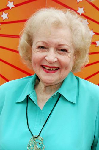 Betty White (2006)