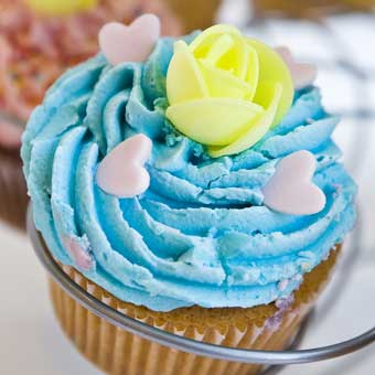 Blue cupcake for Berni
