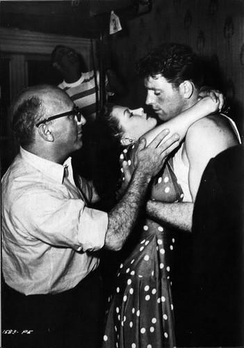Burt Lancaster, Robert Siodmak & Yvonne de Carlo