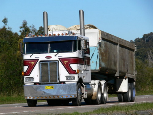 Cabover Pete's