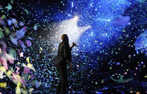 Coldplay wallpaper probably containing a fountain entitled Chris Martin