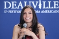 DEAUVILLE AMERICAN FILM FESTIVAL - BRINGING UP BOBBY - PHOTOCALL - famke-janssen photo