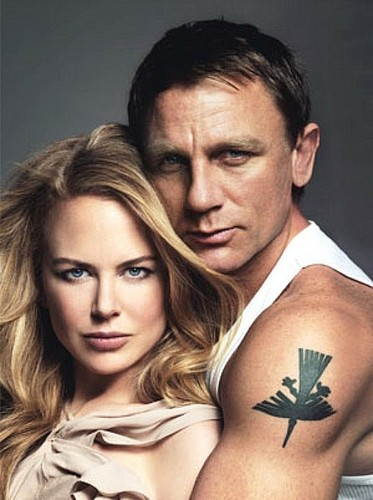 Daniel Craig Hintergrund containing a portrait entitled Daniel Craig with Nicole Kidman