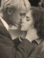 Dramione - couples-from-harry-potter photo