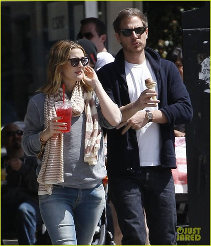 Drew Barrymore & Will Kopelman: Saturday in Silver Lake!