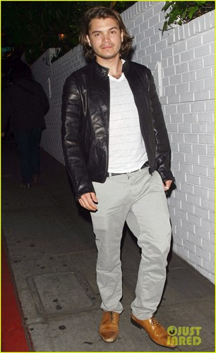 Emile Hirsch: château Marmont Night Out