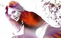 Emilia Fox- Vibrant <3