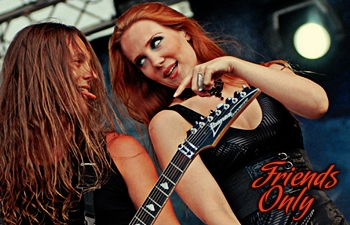 Epica Banners .