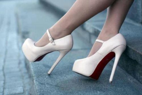 High Heels wallpaper titled High heels 2012