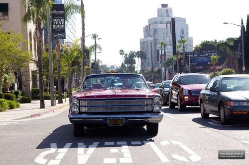 Hugh Laurie Cruising the Sunset Strip, 17. April 2012