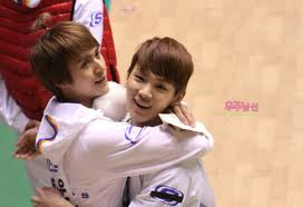 Hug Time! with Beast Dongwoon and SHINee Key