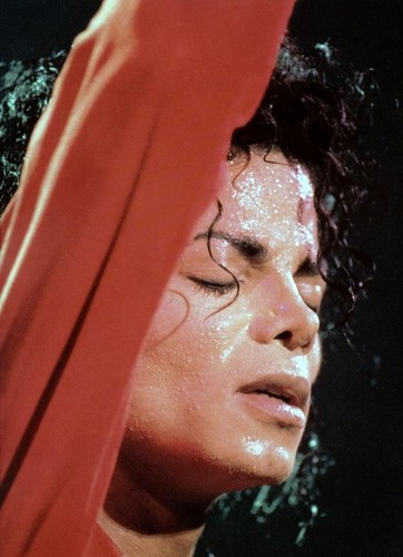 IS IT HOT IN HERE, OR IS IT MICHAEL??? Sweaty, sexy Michael…