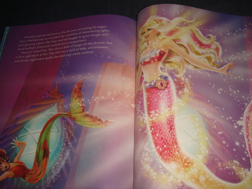 Inside of 芭比娃娃 MT2 - Big Golden Book