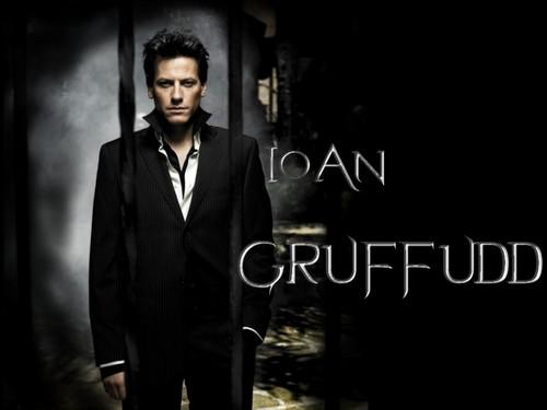 IoanGruffudd!