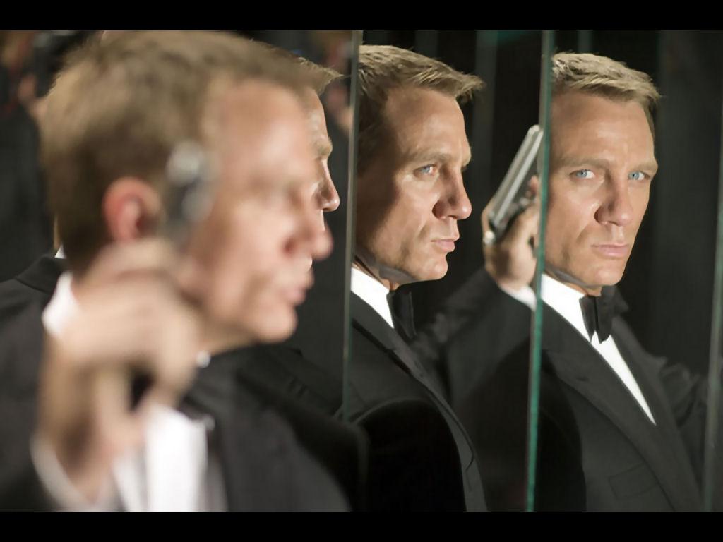 James Bond - Daniel Craig Wallpaper (30541033) - Fanpop