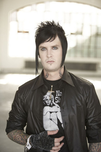 James Own Sullivan -The Rev- - avenged-sevenfold Photo