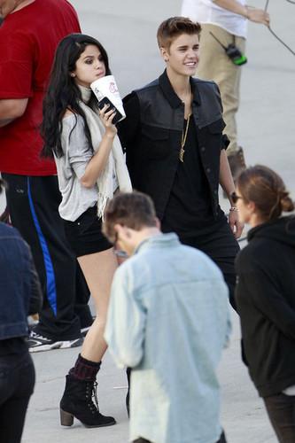 Jelena on the set of Boyfriend