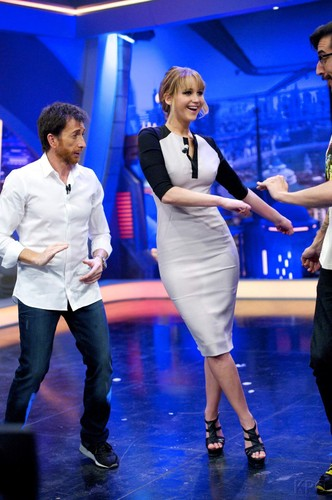Jennifer Lawrence wallpaper possibly with a concert and a well dressed person titled Jennifer @ El Hormiguero in Madrid