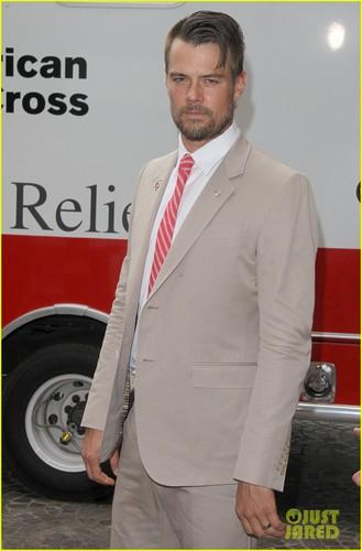 Josh Duhamel Red Tie Affair!