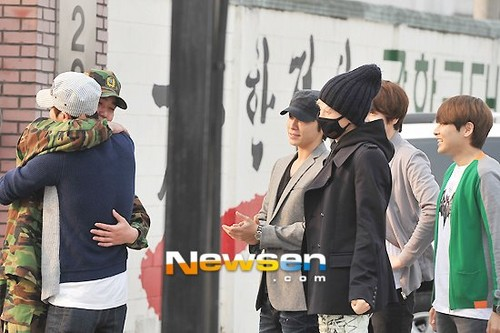 Super Junior wallpaper entitled Kangin is Back !! :3