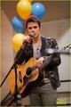 Kris Allen: VH1 Save The Music Foundation Benefit - kris-allen photo