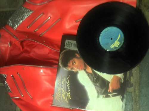 MY THRILLER ALBUM AND BEAT IT jaket I'VE LOVED HIM FOR SO LONG