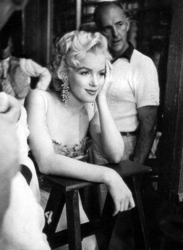 Marilyn Monroe (There's No Business Like onyesha Business)
