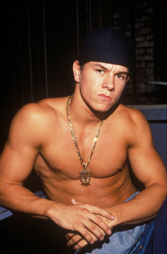 Mark Wahlberg wolpeyper probably containing a malaking piraso called Mark Wahlberg