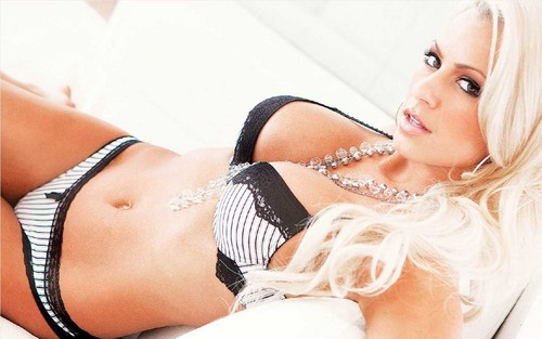 Maryse Ouellet wallpaper possibly containing attractiveness called Maryse