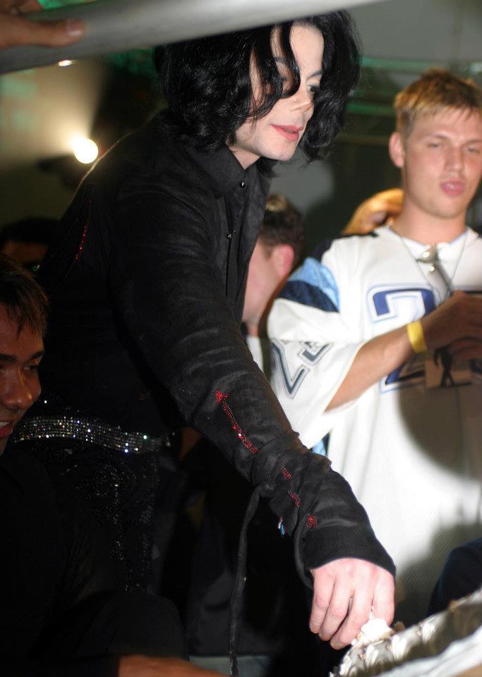 Michael Jackson cake birthday fight ♥