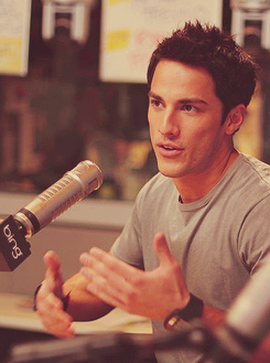 Michael Trevino - michael-trevino Photo