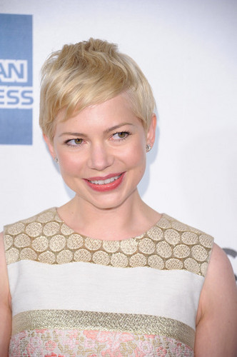"Michelle Williams - ""Tribeca Film Festival /Take this Waltz"" - red carpet - (22.04.2012)  - michelle-williams Photo"