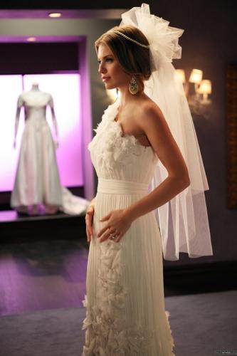 Naomi - Bride and Prejudice (4x21)