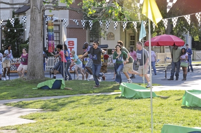 "New Hart Of Dixie stills || 1x20: ""The Race and The Relationship""."