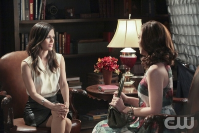 "New Hart Of Dixie stills || 1x21: ""Disaster Drills & Departures""."