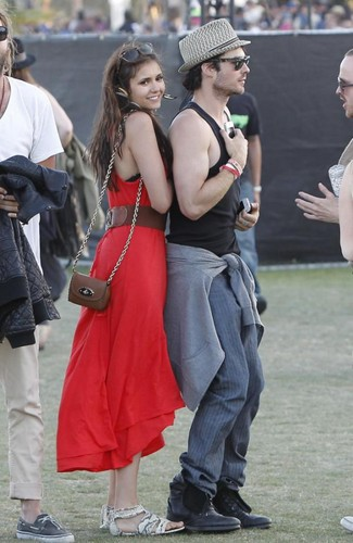 New pic Nian at coachella!