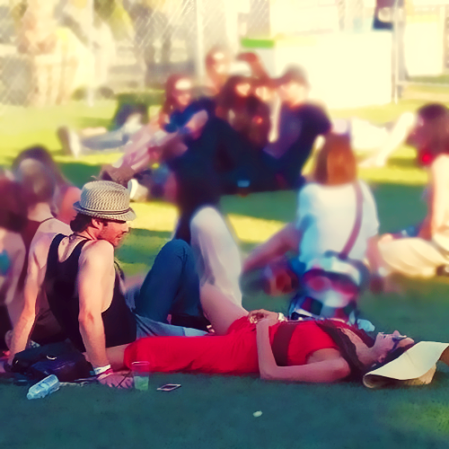 Nina and Ian...♥ - ian-somerhalder-and-nina-dobrev photo