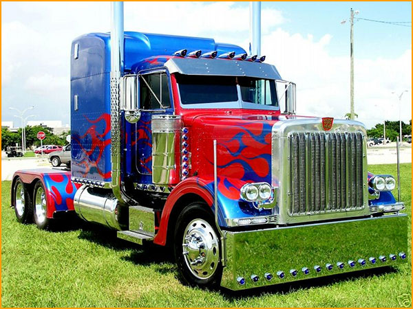 Truckers images optimus prime peterbilt 379 wallpaper and for Camion americain interieur