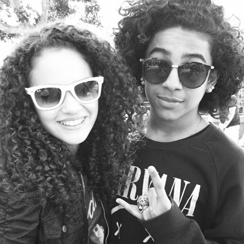 Princeton (Mindless Behavior) fond d'écran containing sunglasses entitled Princeton is with a fan!!!! :)