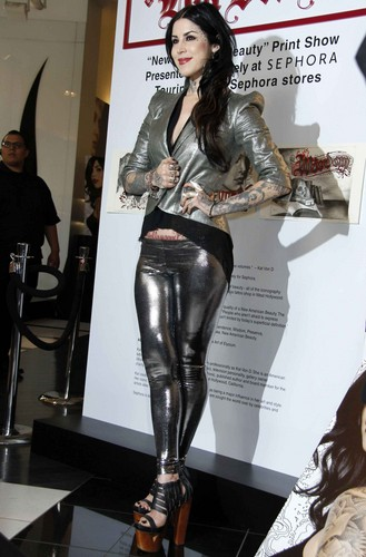 Kat Von D wallpaper containing a hip boot entitled Promotes 'New American Beauty' in Hollywood 2012
