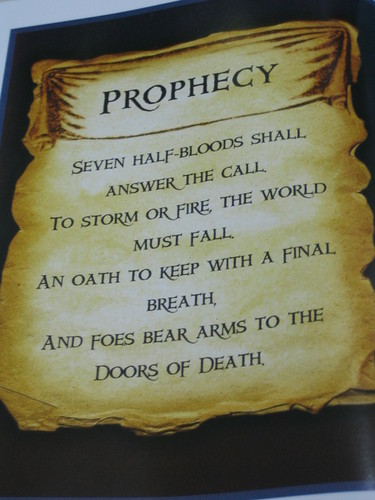 Percy Jackson & The Olympians Bücher Hintergrund probably with a sign entitled Prophecy