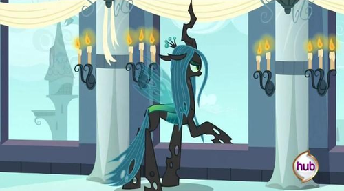 MLP FIM Queen Chrysalis fond d'écran with a living room titled Queen Chrysalis